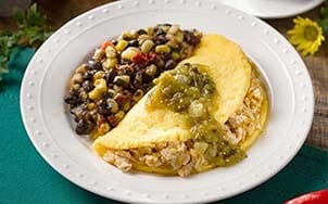southwestern-smoked-chicken-omelet