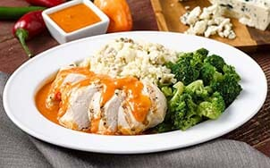 grilled-chicken-with-buffalo-sauce